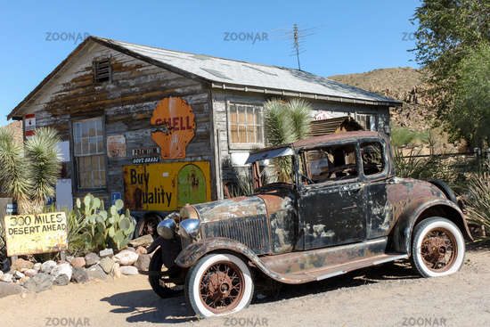 Hackberry, Usa - September 21, 2010: Old gas station, Route 66
