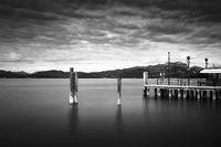 Bootssteg am Gardasee, Italien, Langzeitbelichtung