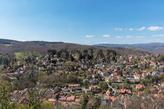 Häuser in Stadt Wernigerode vor Harz Gebirge