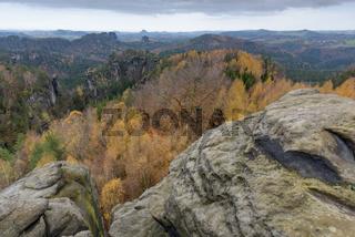 Elbsandsteingebirge im Herbst