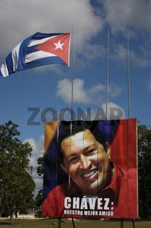 Kuba, Flagge und Chavez-Plakat