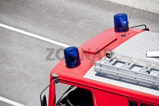 Blaulicht auf Feuerwehrauto emergency light