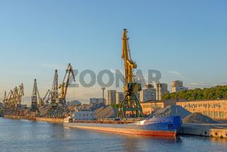 Bulk ship in port terminal
