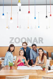 Startup Team bei der Projektplanung