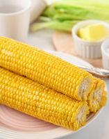 Boiled corn cobs