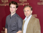 Robert Pattinson und Christoph Waltz