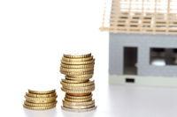 Geldstapel für Bausparen