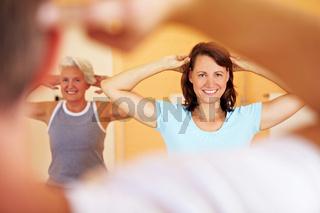Gymnastikkurs im Fitnesscenter