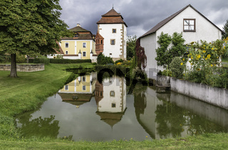 Schloss Dießfurth, ehemaliges Hammerschloss, denkmalgeschützt