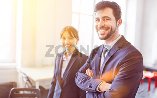 Junge Business Startup Gründer im Büro