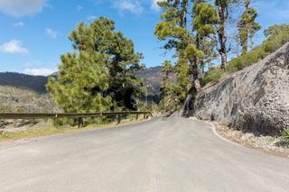 Straße im Gebirge von Gran Canaria