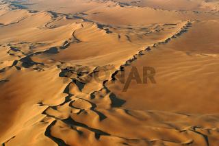 Flug ueber die Duenen der Namib, Namibwueste, Namib Wueste, Namibia, Afrika, flight above dunes of Namib Desert, Africa