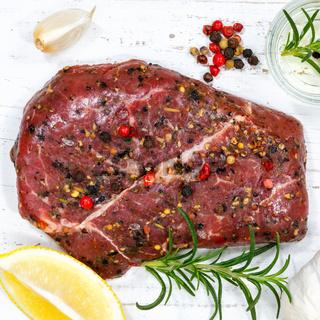 Fleisch Steak roh Rindfleisch Quadrat von oben