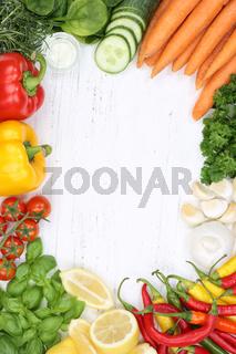 Gemüse Sammlung Tomaten Karotten kochen Zutaten Hochformat Hintergrund von oben