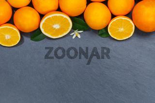 Orangen Orange Frucht Früchte Textfreiraum Copyspace Schieferplatte von oben