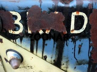 Schriftzug an einem alten VW T1