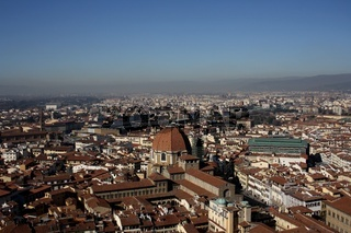 Florenz, Panoramablick vom Duomo mit Markthalle und Basilica di San Lorenzo