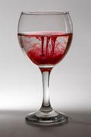 Rotes im Weinglas
