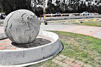 La Bola de Guachala, Linea Ecuatorial Carr 35 Panamericana Ecuador