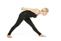 Yoga woman black_Virabhadrasana Variation2
