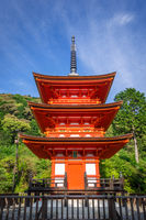 Pagoda at the kiyomizu-dera temple, Kyoto, Japan