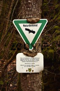Naturdenkmal; Informationstafel; Hinweisschild;