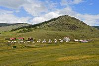Touristisches Jurtencamp bei Zuunmod, Töv Provinz, Mongolei
