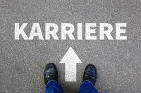 Karriere erfolgreich Erfolg reich Reichtum Beruf Businessman Business Konzept