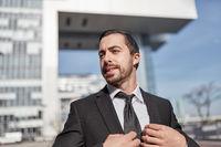 Selbstbewusster und erfolgreicher Unternehmer