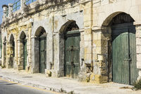 Flaked gates on Malta