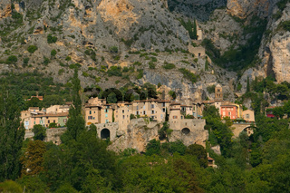 Moustiers-Sainte-Marie am Grand Canyon du Verdon