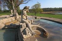 Brunnen bei Schloss Seehof