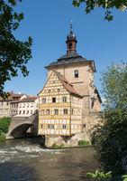 Rathaus von Bamberg im Fluß Regnitz , Franken, Deutschland