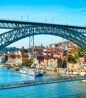 Dom Luis II bridge. Porto