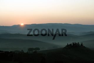 Sonnenaufgang, Orcia-Tal, Toskana, Italien