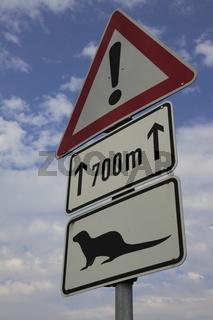 Verkehrszeichen, Vorsicht Otter