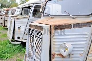 Reihe der alten Transporter