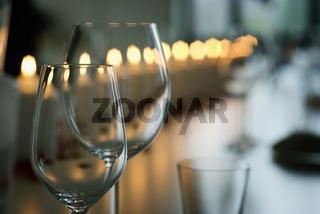 Leere Weingläser  |Empty wineglasses|