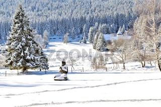 Buddha im Schnee von Herrenwies im Schwarzwald.jpg