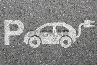 Parkplatz Elektro Auto Elektroauto parken Fahrzeug Stadt Umwelt umweltfreundlich
