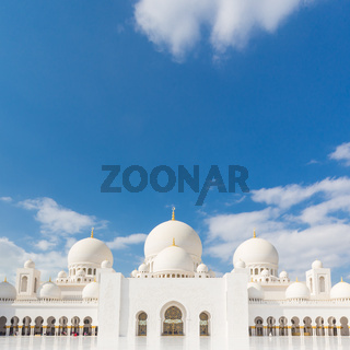 Sheikh Zayed Grand Mosque, Abu Dhabi, United Arab Emirates.