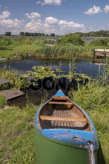 Boot an einem Teich