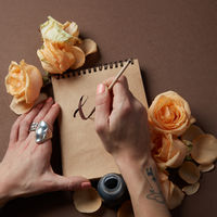 notes and flowers