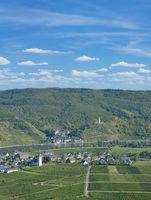 Blick auf die Weinorte Beilstein und Ellenz-Poltersdorf,Mosel,Rheinland-Pfalz,Deutschland