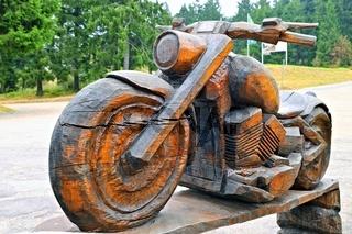Motorbike in Holz