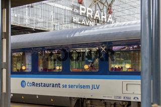 Tschechischer Speisewagen in einem Schnellzug in Prag