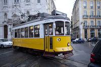 Portugal  , Lissabon , Tram , Carris , Altstadt ,