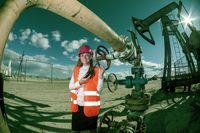 Woman engineer in the oilfield