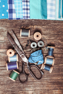 Retro sewing items
