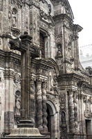 Fassade der Jesuiten-Kirche La Compañia de Jesús, Quito, Ecuador